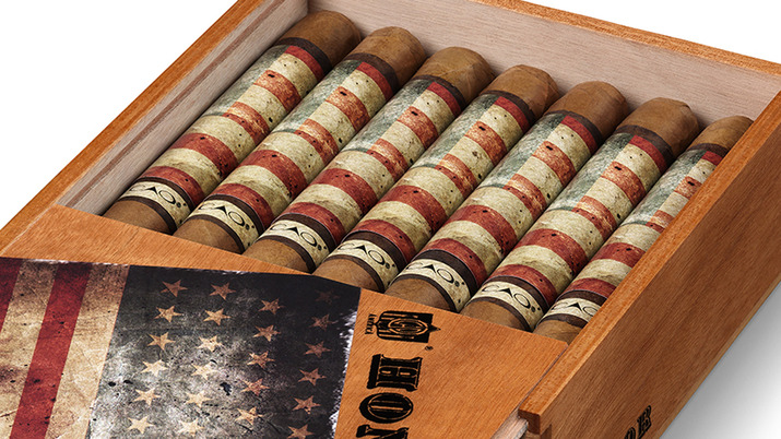 CAO American Honor Limited Edition Close Up